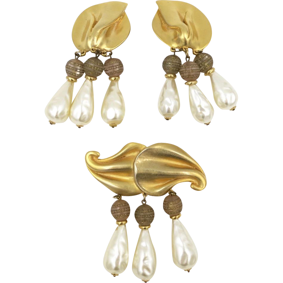 Vintage Craft Faux Pearl and Beads Matte Gold Tone Brooch Earrings Set 1980s