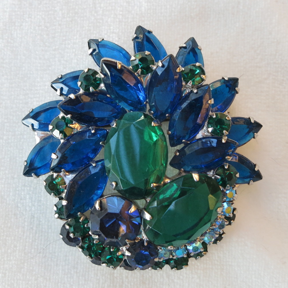 D&E Juliana Capri blue navette & emerald green oval rhinestone brooch