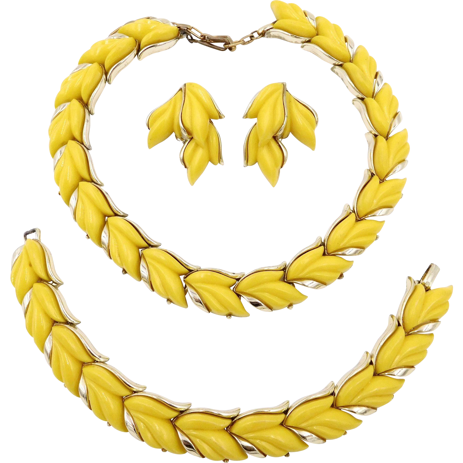 Vintage Kramer Yellow Thermoset Plastic Leaves Parure