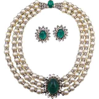 Napier 1960s Faux Pearls Green Glass Cabs Rhinestone Necklace Set Book Piece