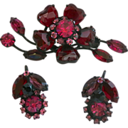 Ruby red glass hearts and rhinestone floral brooch set