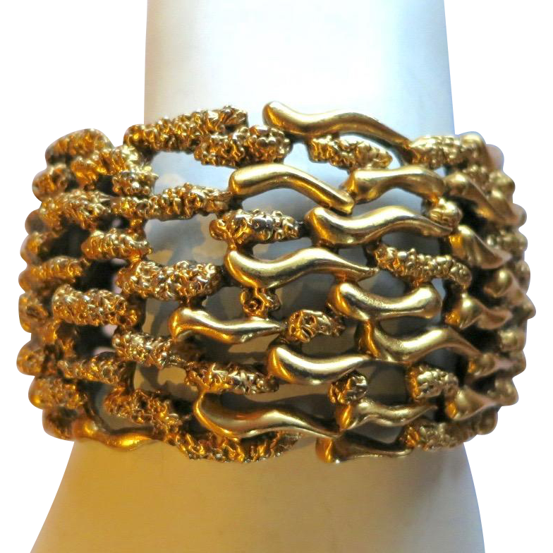 Vintage Tortolani Modernist Wide Gold Tone Clamper Bracelet