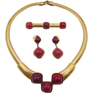 Vintage Trifari Modernist Collar Style Red Purple Cabochons Necklace, Pin, Earrings Set 1970s - 80s