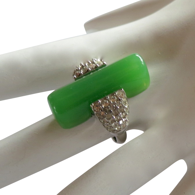 Trifari Green Lucite & Rhinestone Art Deco Style Ring