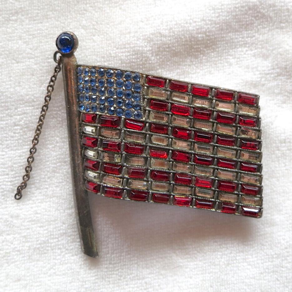 Large patriotic American flag rhinestone brooch