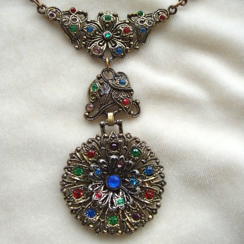 Victorian style rhinestone necklace