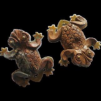 Vintage Figural Wooden Frog Dress Clips