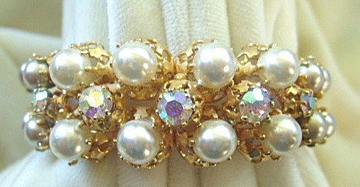 Azub Austria faux pearl & rhinestone bracelet