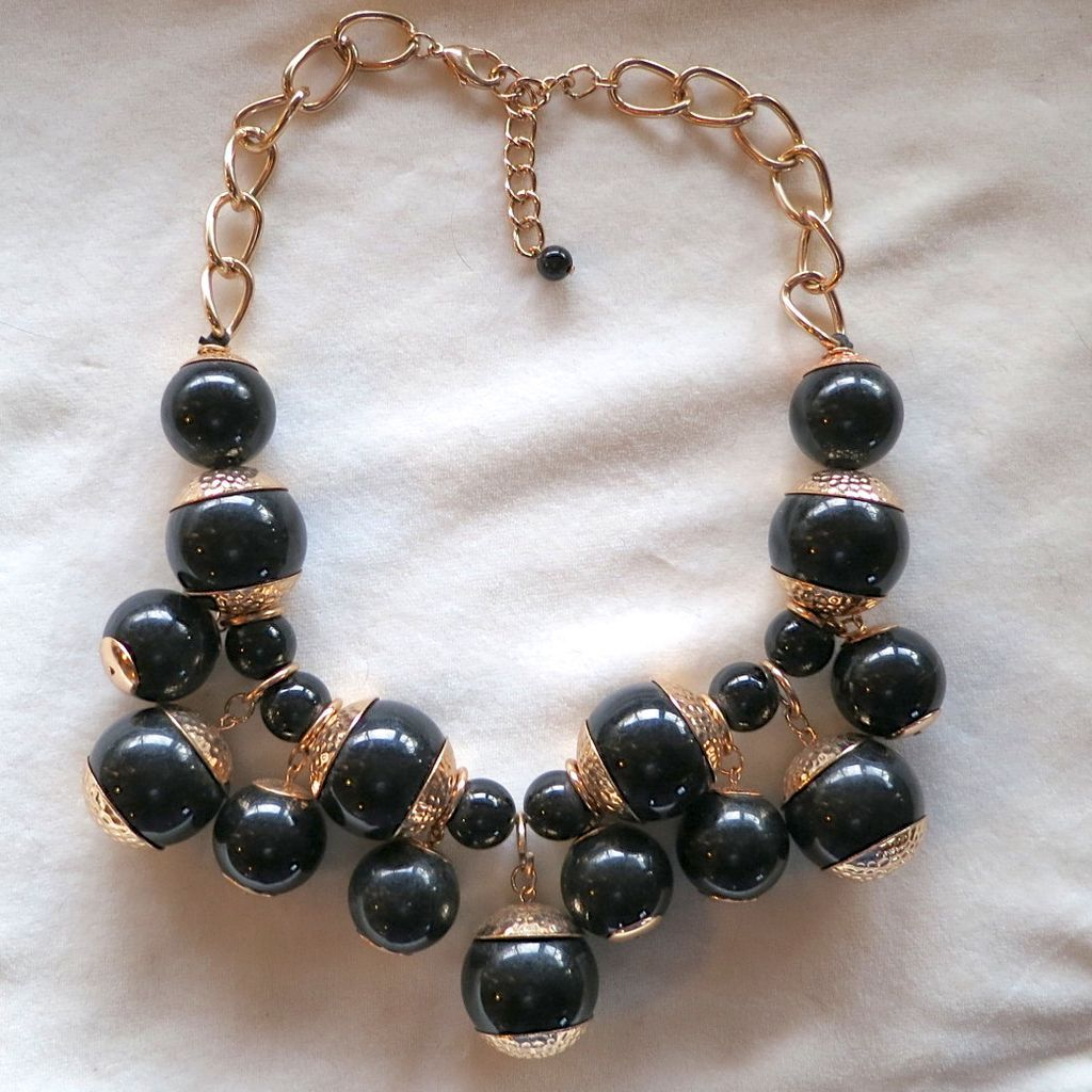 Chunky Black Lucite Beads Dangle Necklace