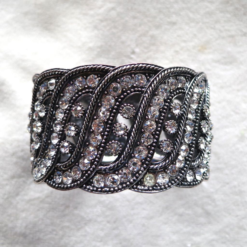 Chunky double sided rhinestone hinged clamper bracelet