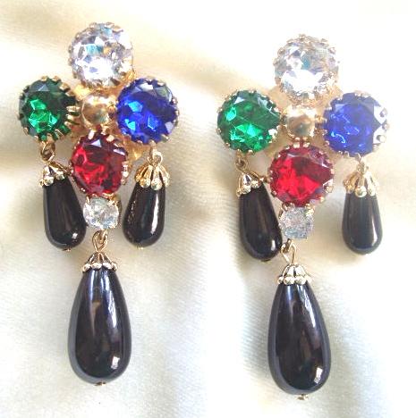 Chandelier rhinestone and black glass drop clip earrings