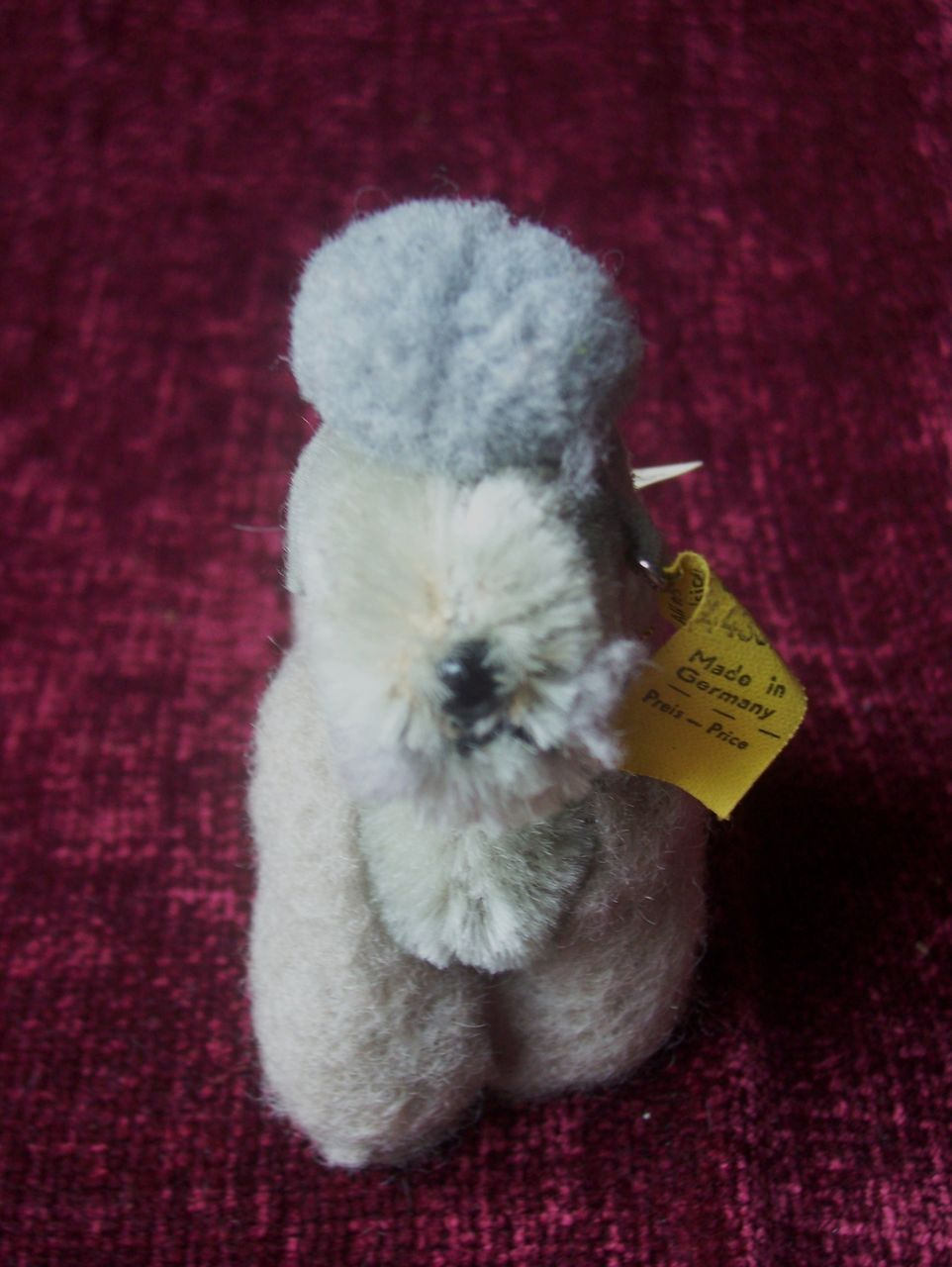 Steiff Snobby Poodle,1968 to 1972, Steiff Button and Yellow Flag