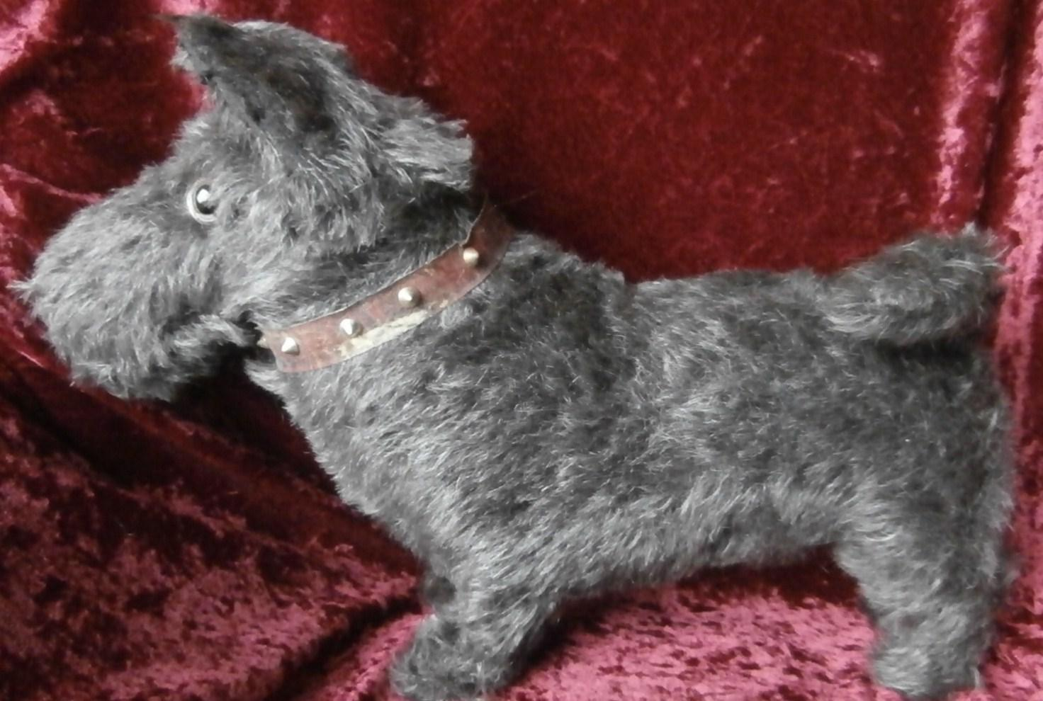 Lovely Rascal Farnell Scottish Terrier Dog, 1930's, No Id's