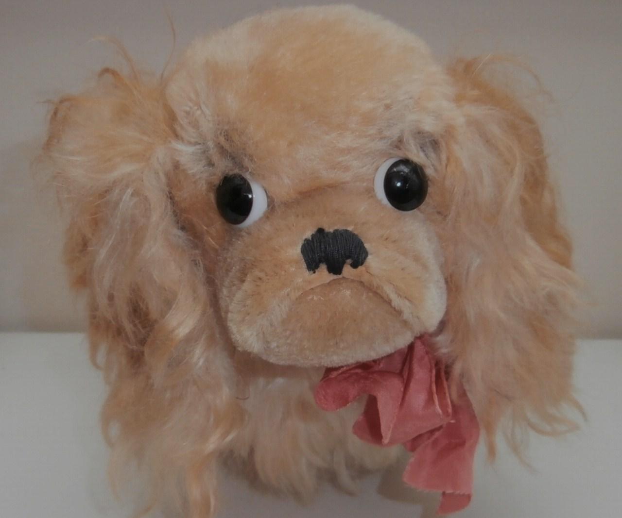 Cute Steiff Peky, Pekingese Dog, 1965 to 1967, Steiff Button