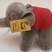 Gorgeous Steiff Elephant, 1968 to 1977, Steiff Button and Flag