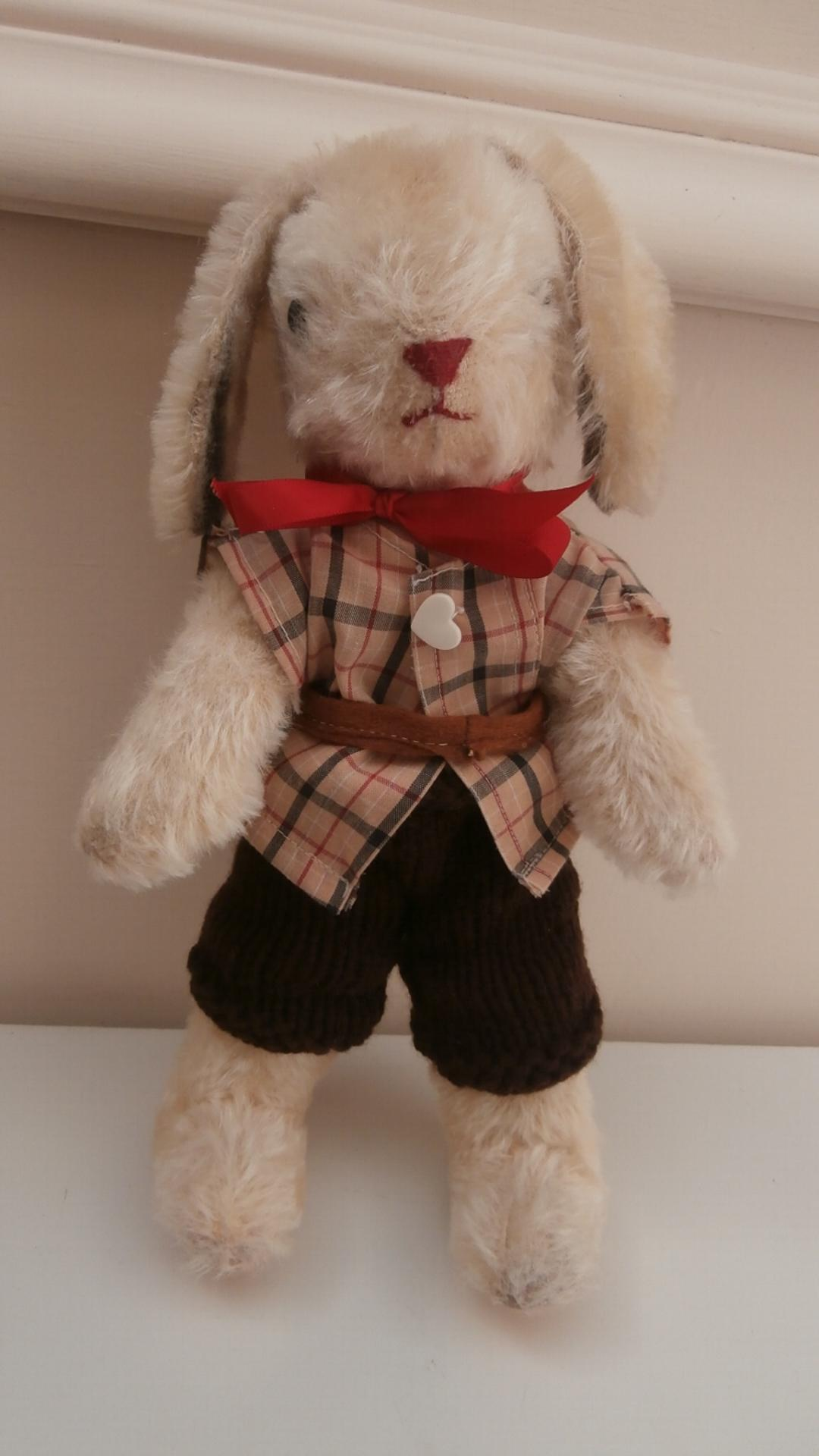 Harry Vintage Bunny Rabbit