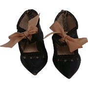 Early Small Black  Shoes, A/F