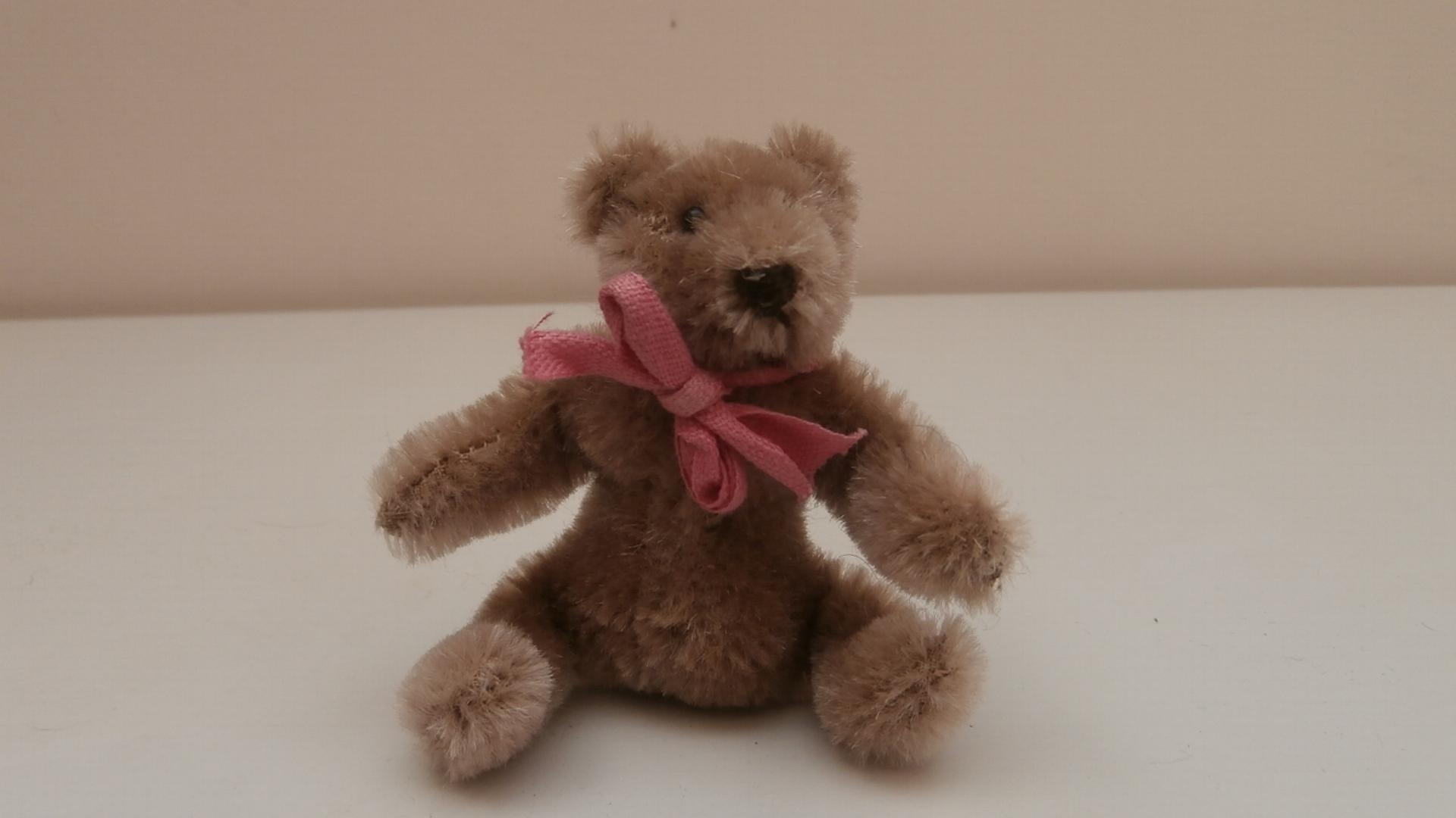 Steiff MIniature Original Teddy Bear, 1969 to 1977, No Id's