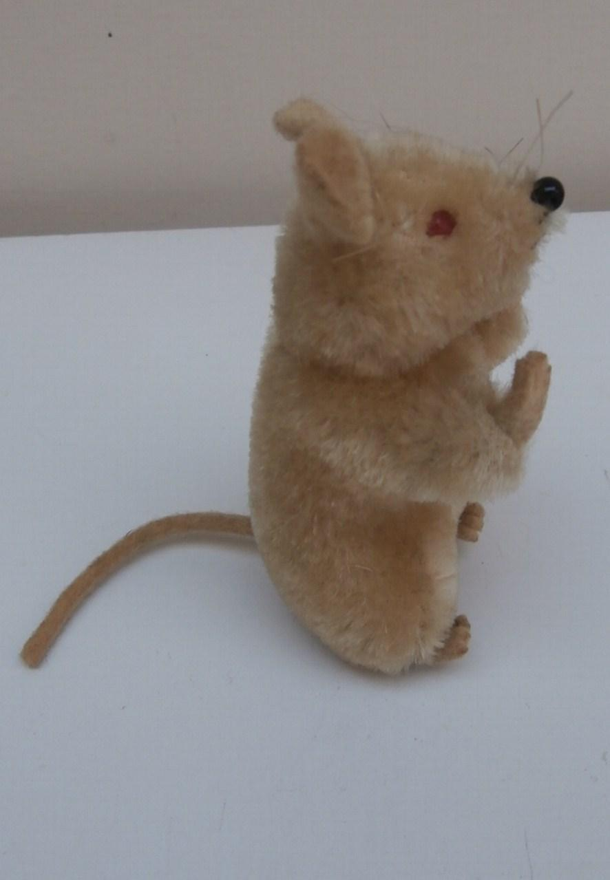 Poor Steiff Pieps Mouse, 1967 to 1974, No Id's