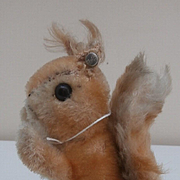 Steiff Possy Squirrel, 1965 to 1967, Steiff Button.