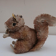 Steiff Perri Squirrel 1965 to 1967, Steiff Button