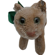 Well Loved Steiff Tapsy Cat, Steiff Button, 1959 to 1964
