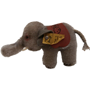 Smallest Size Steiff Elephant, 1965 to 1967, Steiff Button, Steiff Saddle