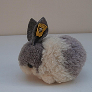 Steiff Wool Rabbit , 1968 to 1984, Steiff Button