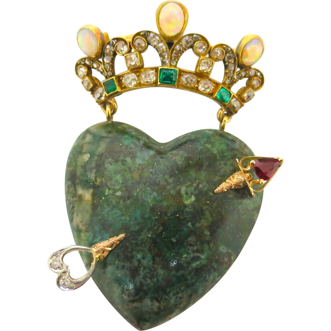 Striking Agate Pierced Heart & Jeweled Crown