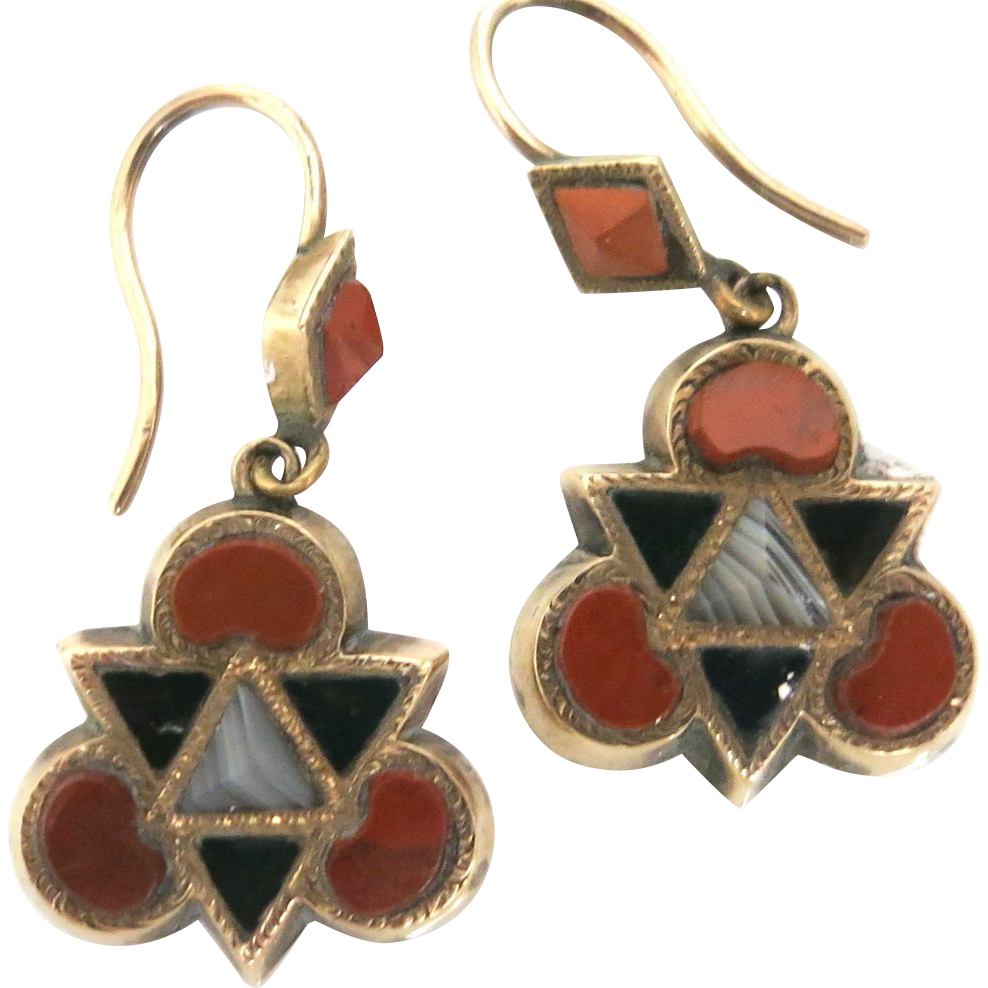 Rare Victorian Scottish Agate Earrings in Gold
