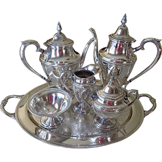 Vintage International Silver Castleton 9 Piece Silver Plated Tea Set with Tray