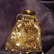Vintage goldtone mesh gatetop miniature purse with drops