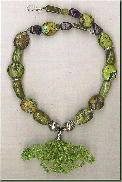 Green Garnet (tasavorite) & Tq beads : Green Harnet