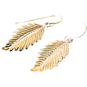 14K Gold Leaf Earrings - Detailed Leaf Drop Earrings