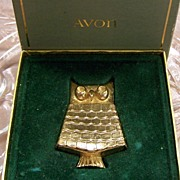 Avon Jeweled Owl Pin Perfume Glace Book Piece