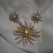 Atomic Sun and Earring Demi Parure