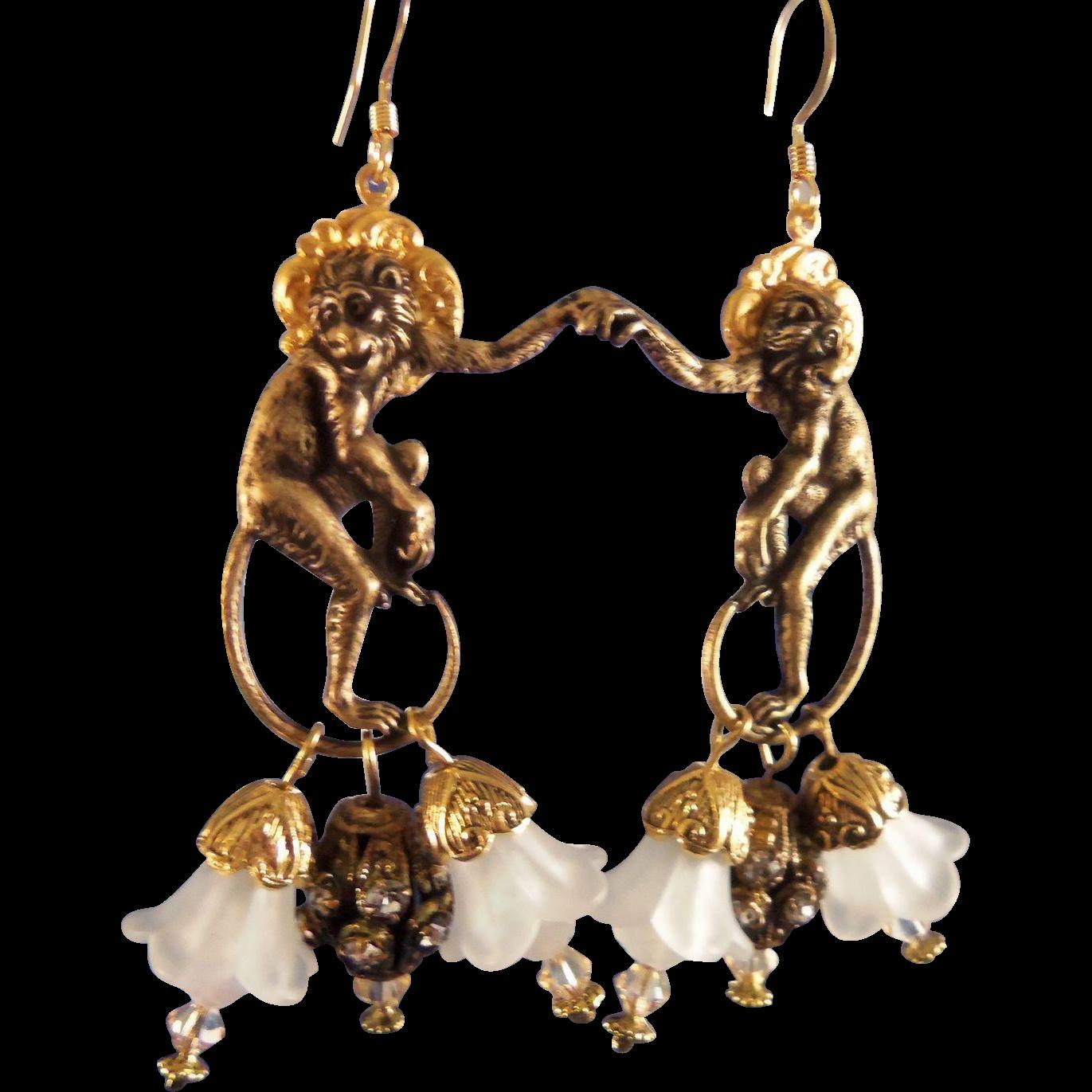 Artisan Earrings : Artisan earrings saint simeon in the garden from