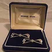 Vintage Grand Prix Golfing Golf Clubs Cufflinks