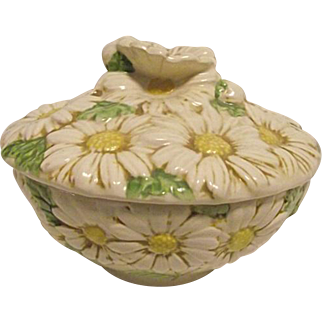 RARE Vintage Metlox Poppytrail Sculptured Daisy Covered Candy Dish