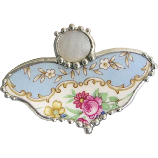 Broken China Pendant Pin Brooch Flowers Mother Of Pearl Button Butterfly