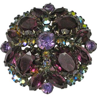 Vintage Juliana D&E Amethyst Colored Rhinestone Brooch