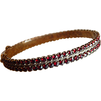 Stunning BOHEMIAN GARNET Sterling Silver Rose Cut double row Bangle bracelet