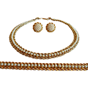 Beautiful BOUCHER Signed Double rope Simulated PEARL Necklace Bracelet and Earrings set
