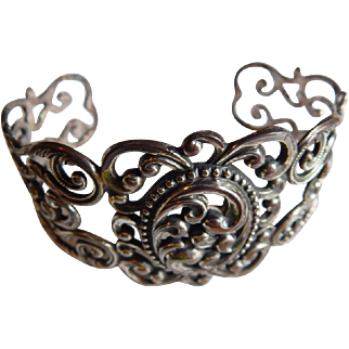 Pretty Scrolling DANECRAFT STERLING Silver Victorian Revival Cuff Signed bracelet