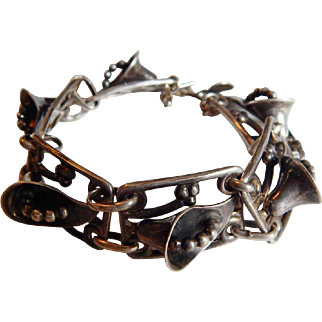 Gorgeous STERLING SILVER Art DECO Calla Lily 3-D Arts Crafts Modernist bracelet