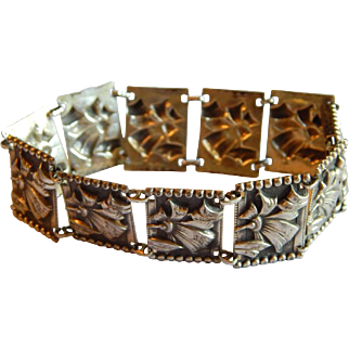 Great STERLING Silver Art Deco floral ribbon repousse rectangular wide bracelet