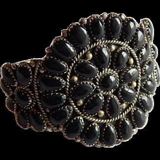 Gorgeous Native American Black ONYX Sterling Silver Signed Navajo Juliana WILLIAMS cuff bracelet