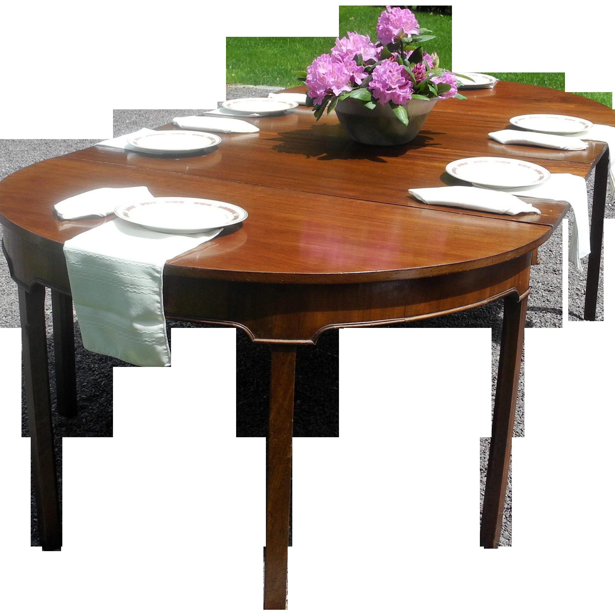 1800's Mahogany Hepplewhite Table