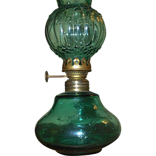 Twinkle Miniature Oil Lamp in Green with Original Shade