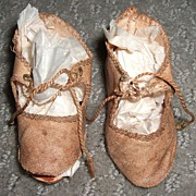 "2 1/2"" French Antique Silk Doll Shoes"